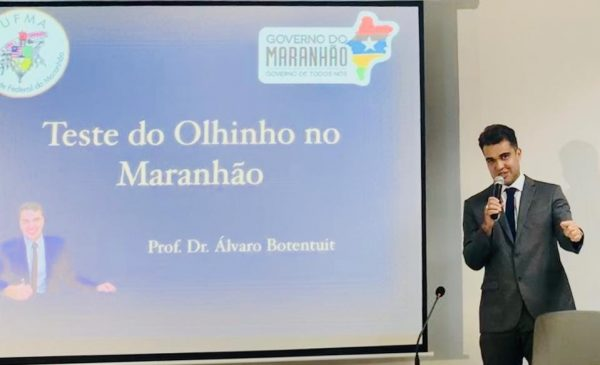 Médico oftalmologista e professor da UFMA, Álvaro Bruno Botentuit,