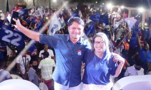 Alberto Franco e Hellen Maravilha - PL