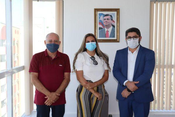 Prefeita Val Cunha, Secretário Municipal de Agricultura, Alexandre Frazão e o Secretário de Estado da Agricultura do Maranhão