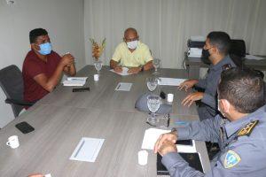 Prefeitura e Comando do 25° batalhão da PM discutem ações de Segurança em Apicum-Açu